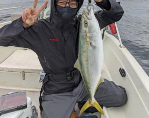 明石遊漁船
